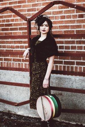 40's-vintage-fashion-model